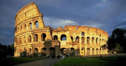 Italy-Colosseum-In-Rome